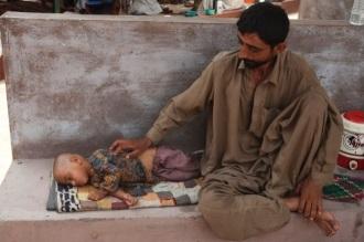 Karachi heat wave claims over 1,000 lives in Pakistan - CNN.com